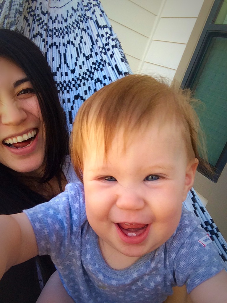 5 FUN WAYS TO HANG OUT WITH YOUR BABY (0-10 mon)